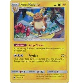 Pokemon Alolan Raichu - 31/111 - Holo Rare