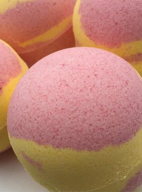 Crescent City Swoon French Market Mango & Strawberry Bath Bomb