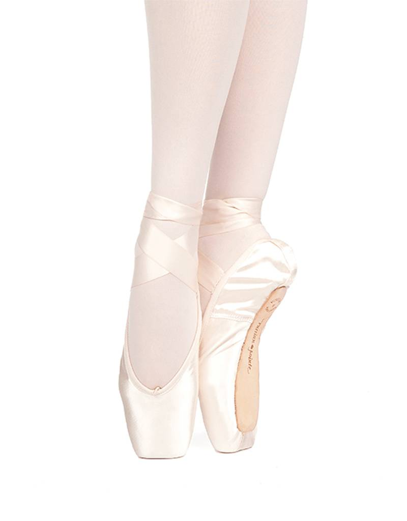 Russian Pointe Size 37.5: Muse U-Cut Pointe Shoes with Drawstring