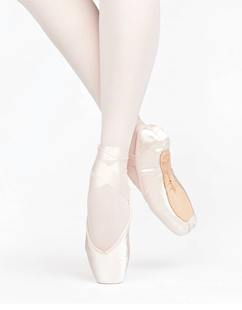 Russian Pointe Size 37.5: Encore U-Cut with Drawstring
