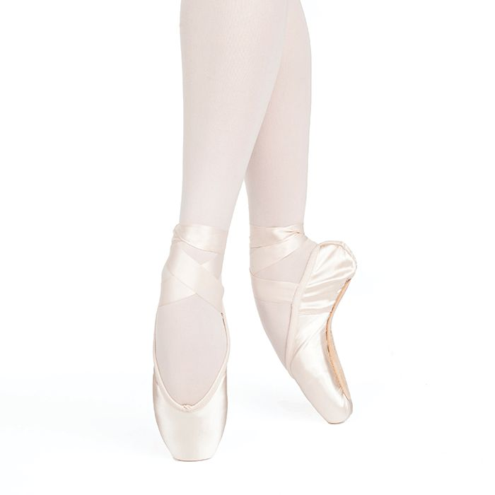 Russian Pointe Size 37: Entrada Pro U-Cut with Drawstring