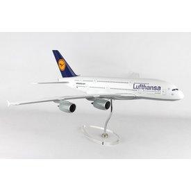 Skymarks Supreme A380-800 Lufthansa 1:100 Skymarks Supreme with stand (no gear)