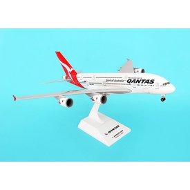 SkyMarks A380-800 QANTAS 1:200 With gear+stand