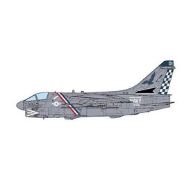 JCWINGS A7E Corsair II VA72 Blue Hawks US Navy AC-401 1:72 (no stand)