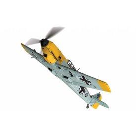 Corgi BF109E4 Fanrich Hans Joachim Marseille WHITE14 3579 1:72 with stand