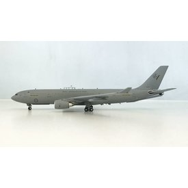 InFlight A330-200 KC30 MRTT RAAF Royal Australian Air Force A39-001 1:200 with stand