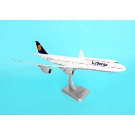 Hogan 747-8I Lufthansa 1:200 with stand (No Gear)