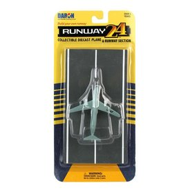 Runway 24 C5 Galaxy USAF Grey with runway section