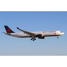 Gemini Jets A330-300 Air Canada New Livery 2017 C-GFAF 1:200 with stand