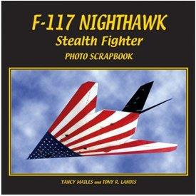 Specialty Press F117 NIGHTHAWK STEALTH FIGHTER:PHOTO SCR
