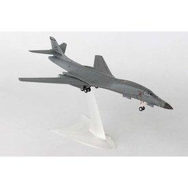 Herpa B1B Lancer USAF 128BS Georgia ANG Mr Bones 1:200 with stand