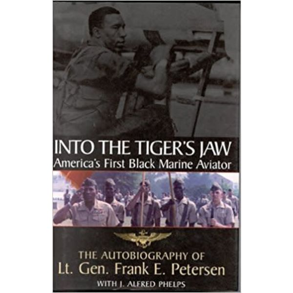 INTO THE TIGER'S JAW:1ST BLACK MA.HC*O/P