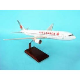 B767-300 Air Canada 2004 livery 1:100 with stand (no gear)