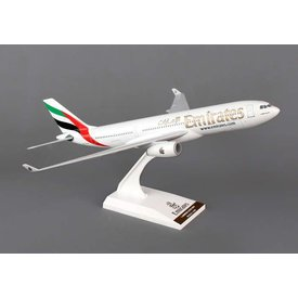 SkyMarks A330-200 Emirates 1:200 with stand