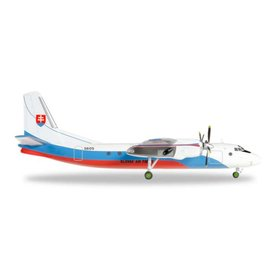 Herpa AN24B Slovak Air Force 1:200 with stand
