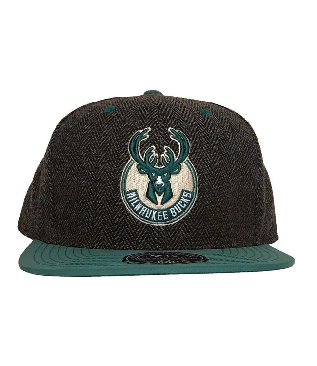 MITCHELL AND NESS Donegal Tassel Fitted Hat