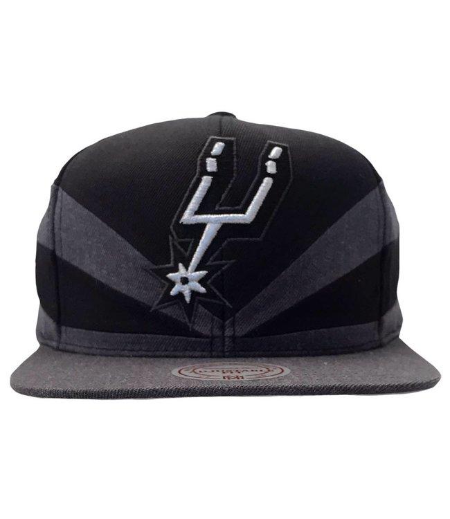 MITCHELL AND NESS San Antonio Spurs Black Slash Snapback Hat