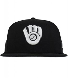 NEW ERA BREWERS BLACK & WHITE FITTED