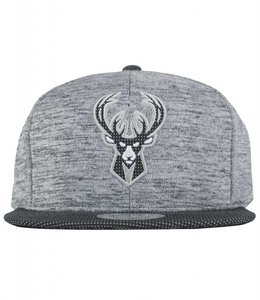 MITCHELL AND NESS BUCKS SPACE KNIT SNAPBACK
