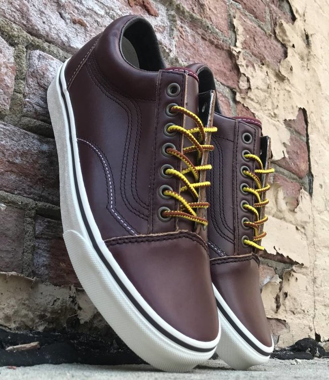 VANS OLD SKOOL (GROUND BREAKERS)