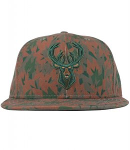 NEW ERA BUCKS CAMO DEER SNAPBACK