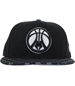 NEW ERA REFLECTIVE M SNAPBACK HAT