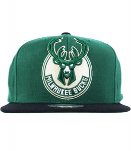 MITCHELL AND NESS BUCKS 2-TONE XL SNAPBACK