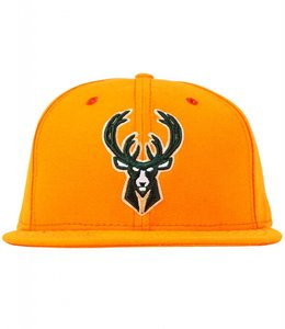 NEW ERA BUCKS HUNTER SNAPBACK