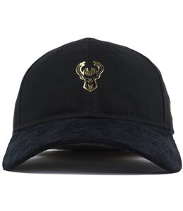 NEW ERA BUCKS ON COURT GOLD CHROME HAT