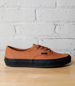 VANS AUTHENTIC (BLACK SOLE)