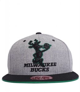 MITCHELL AND NESS BUCKS XL LOGO FITTED HAT