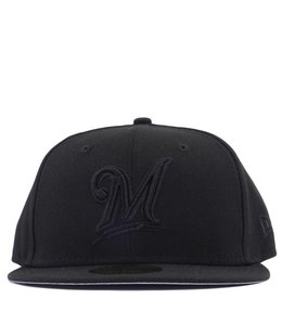 NEW ERA MILWAUKEE BREWERS BLACKOUT BASIC 59FIFTY FITTED