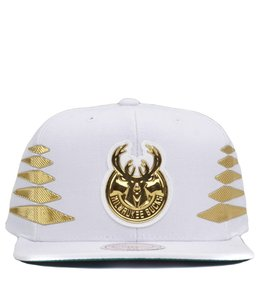 MITCHELL AND NESS MILWAUKEE BUCKS SOLID GOLD DIAMOND SNAPBACK