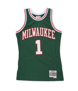 MITCHELL AND NESS BUCKS OSCAR ROBERTSON 1970-71 ROAD SWINGMAN JERSEY