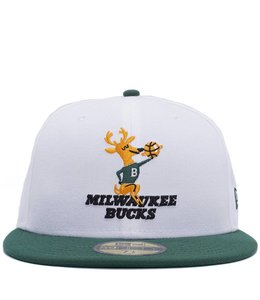 NEW ERA BUCKS HWC NIGHTS FITTED HAT