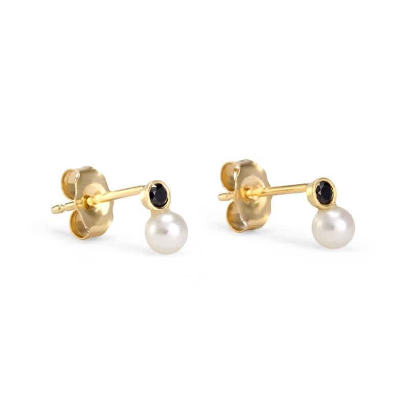 satomi kawakita jewelry mixed media studs with pearl and black diamond
