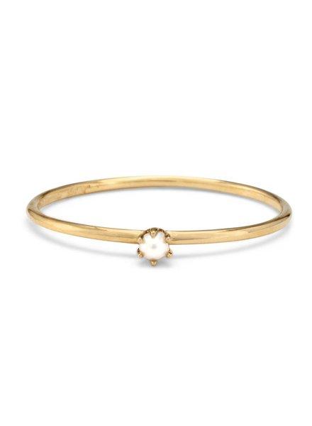 satomi kawakita jewelry tiny pearl solitaire ring