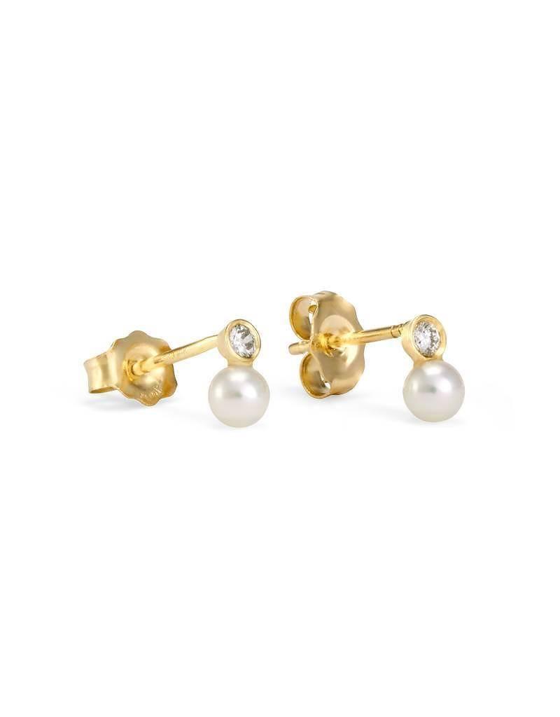 satomi kawakita jewelry mixed media studs with pearl and white diamond