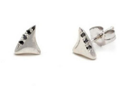 elisa solomon baby shark tooth stud with black diamonds- single