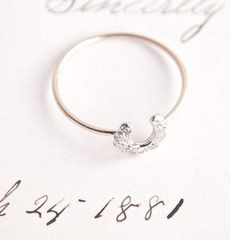 1909 by erica weiner horseshoe ring - 14k yellow and white gold