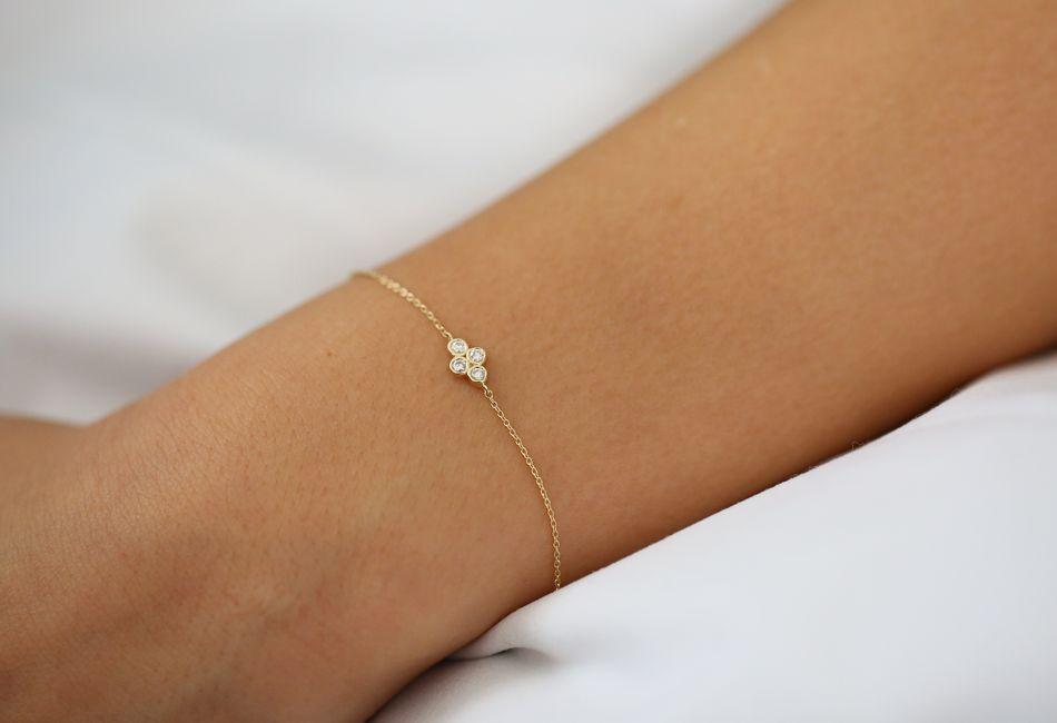 dainty quad bracelet