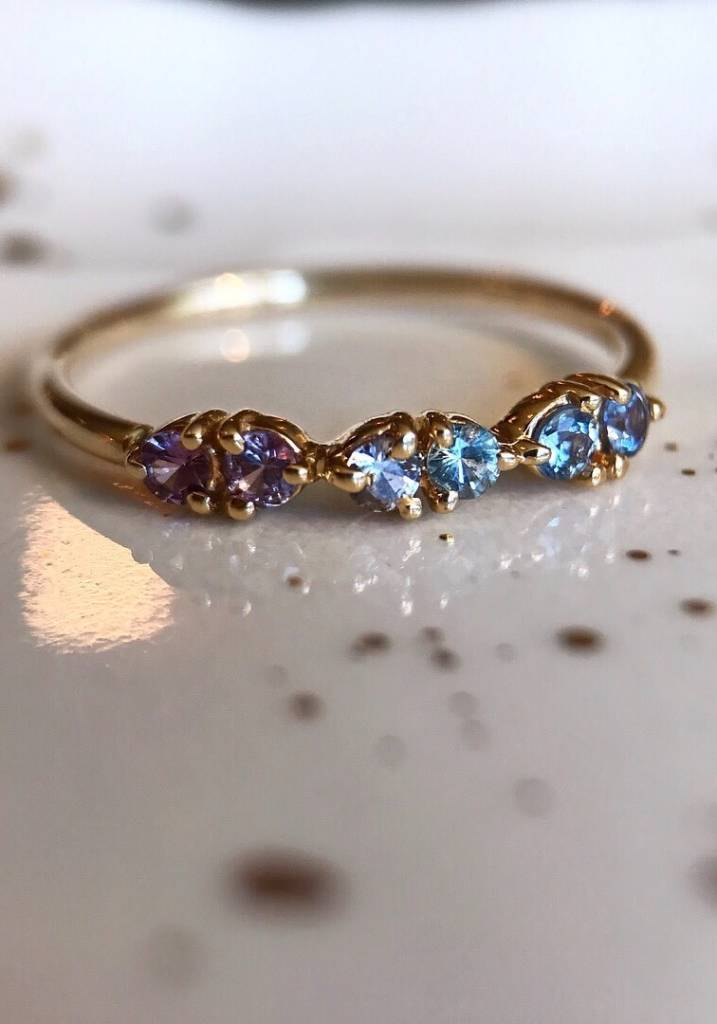 wwake LE demi-paired blue/pink stone ring