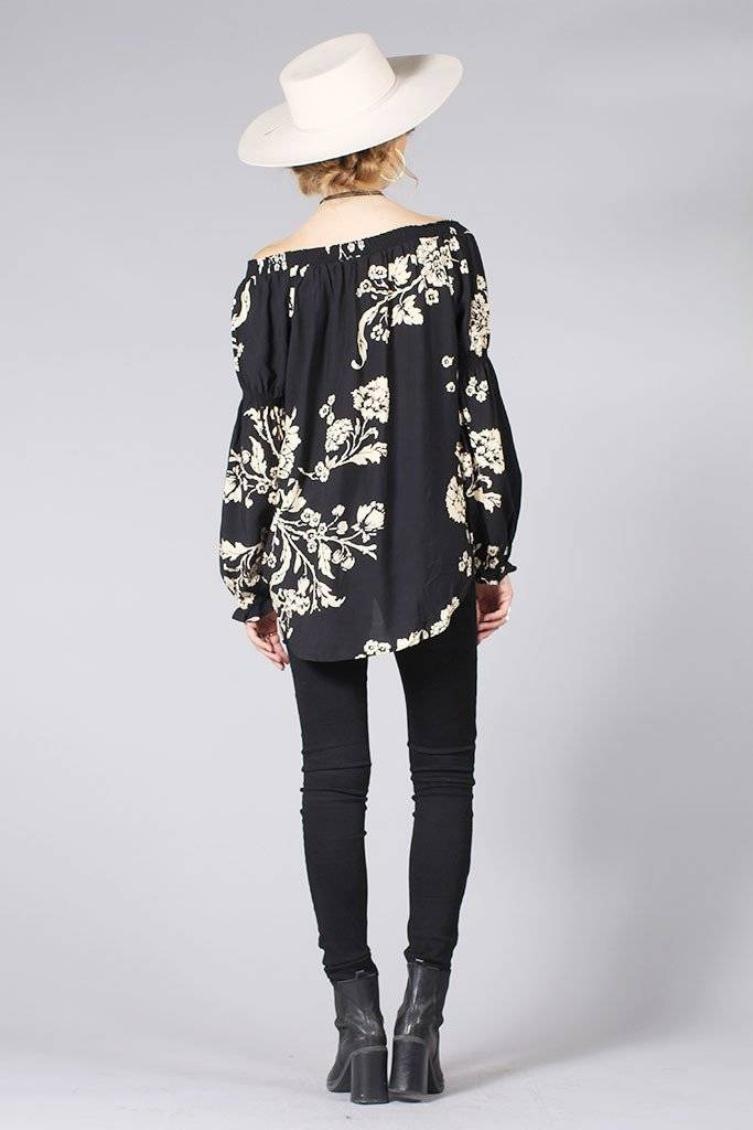 knot sisters knot sisters rizzo top