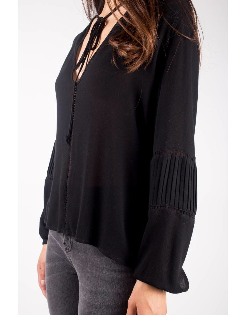 knot sisters knot sisters wild one top