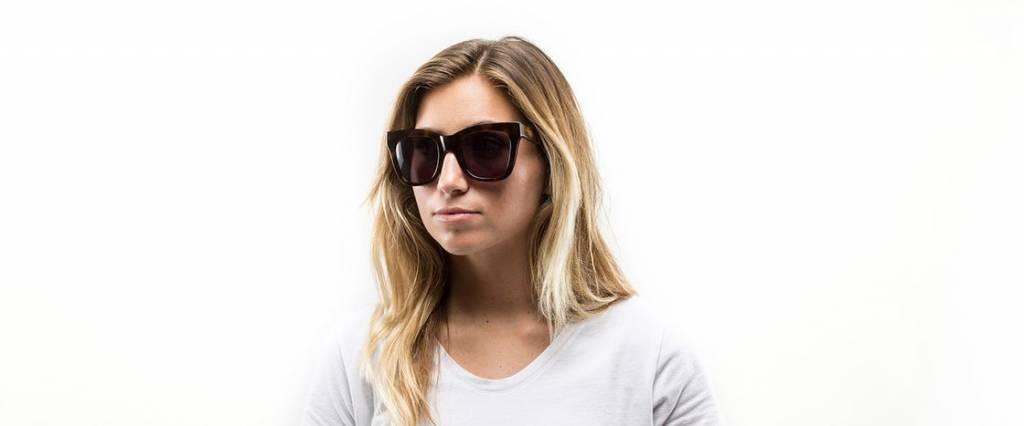 d'blanc d'blanc beach vida sunglasses