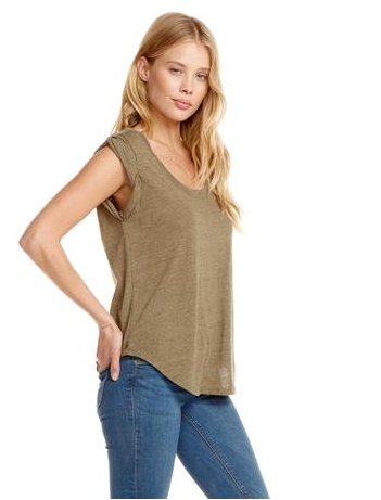 chaser chaser scoop neck shirttail tee