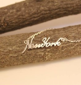 New York Cursive Necklace