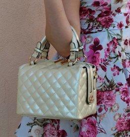 Scarlet O'Handbag Pearl