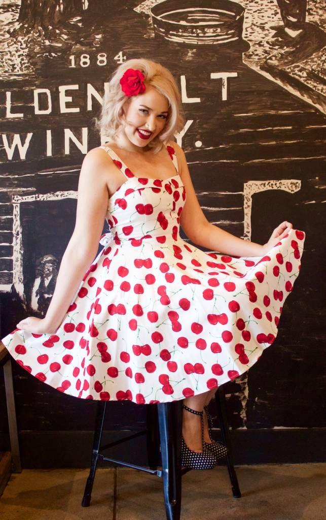 Savvy Swing White Cherry