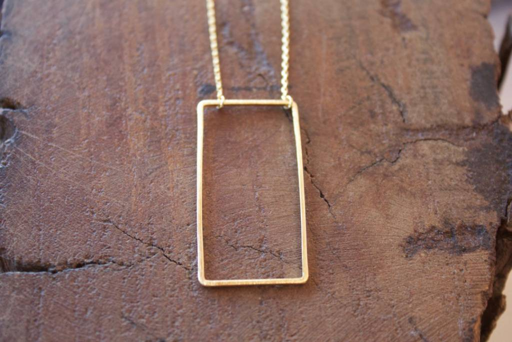 Open Rectangle Necklace Gold
